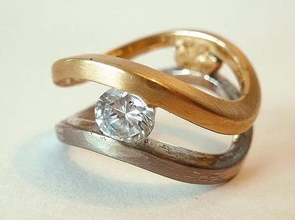 Ring 13019
