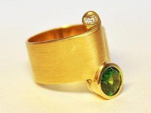 Ring 13022